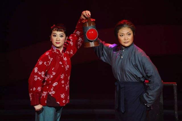 京剧《红灯记》